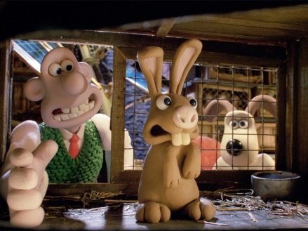 wallace-and-gromit-curse-of-the-were-rabbit-2005-001-wallace-with-small-rabbit-00n-ddr-1000x750